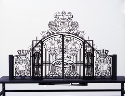 Gate Scale Model # 6 (zwart) by Delvoye Wim