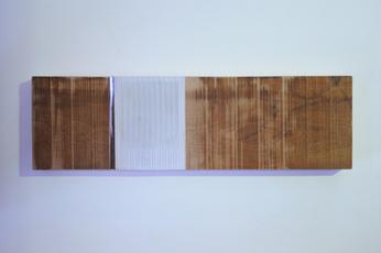 Verticaal versneden veilingcatalogus ingewerkt in plank, 2011 - H.P.2.12.11 by Denmark