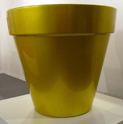 Pot doré métallique by Raynaud Jean-pierre