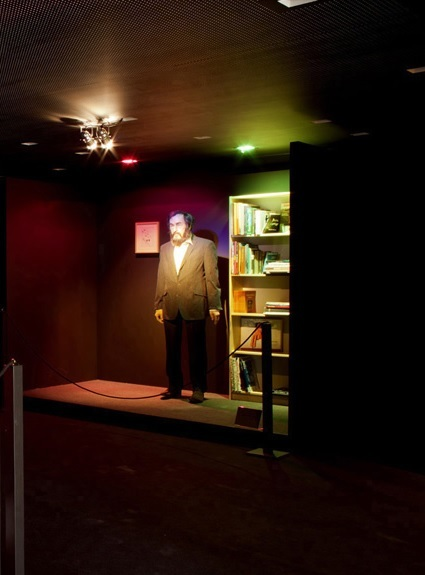 "Installation : ""DOCUMENTA WAX MUSEUM"" (part 2) Harald Szeeman - 1933-2005 by Bijl Guillaume"