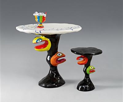 Table, tabouret et vase serpent by De Saint Phalle Niki