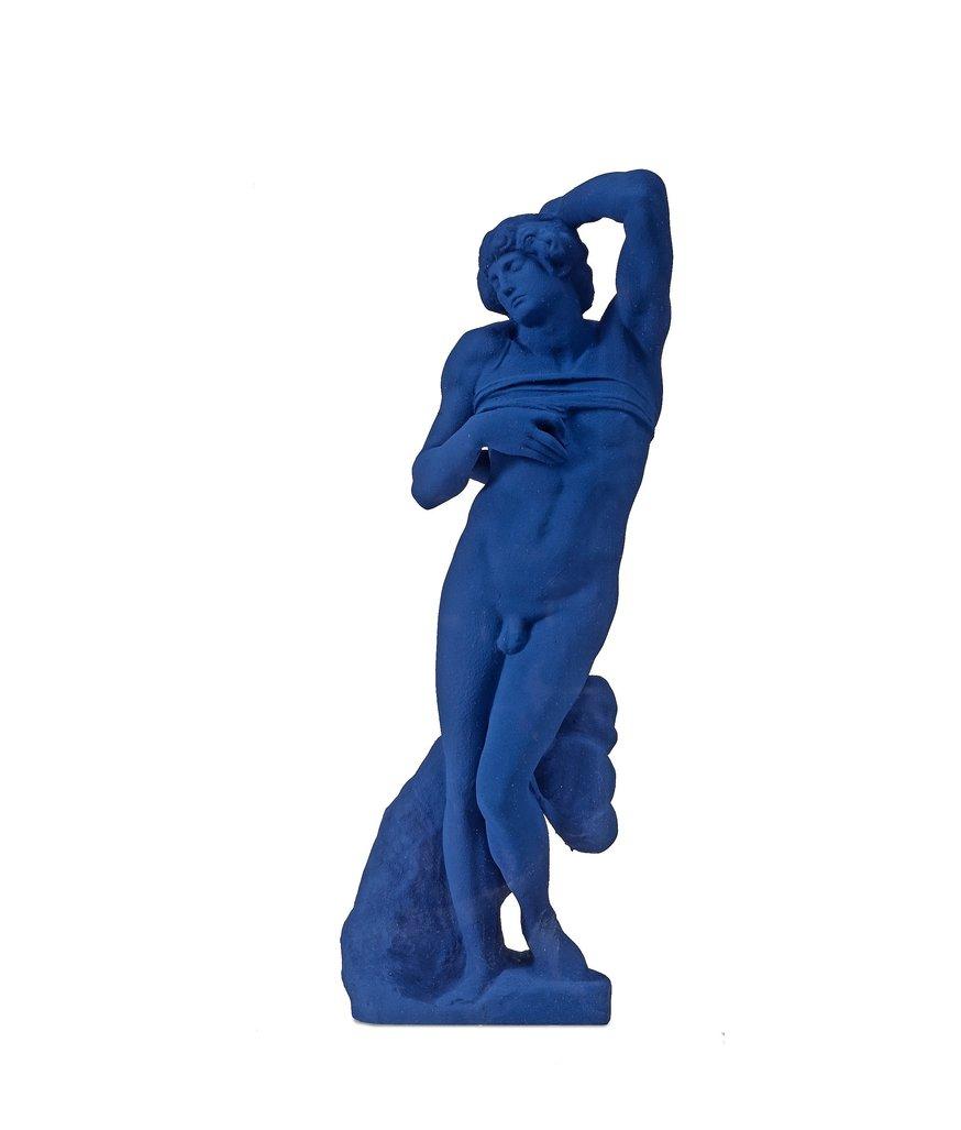 L'esclave mourant d'après Michel-Ange  by Klein Yves