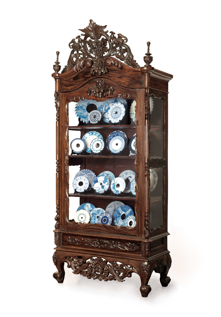 Cabinet with Sawblades by Delvoye Wim