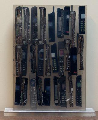 Inclusion téléphones portables by Arman